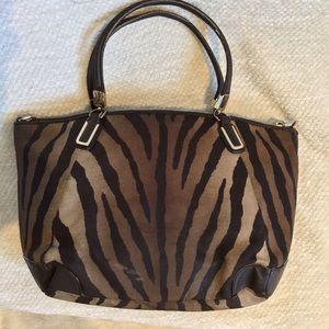 Coach Bags - 🐿COACH Zebra Print Kelsey Handbag